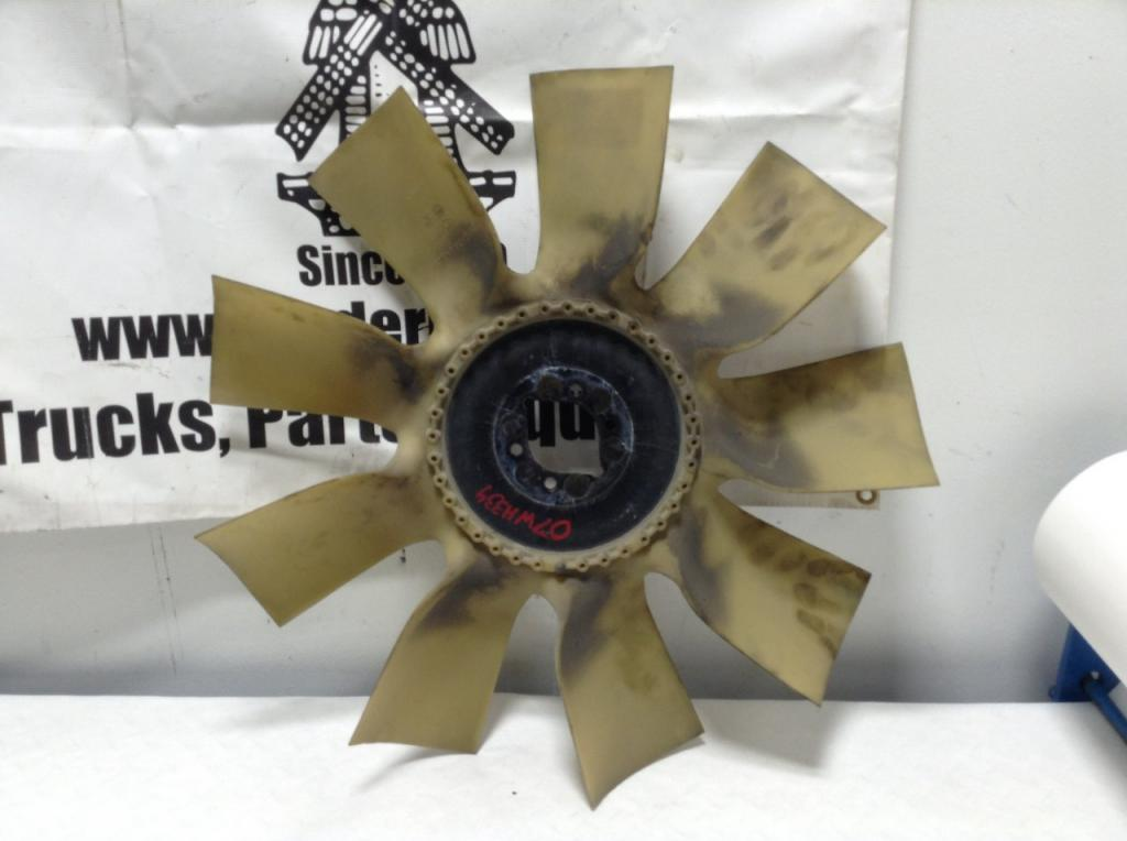 Used Fan Blade for 2007 FREIGHTLINER M2 106 75.00 for sale-57240631