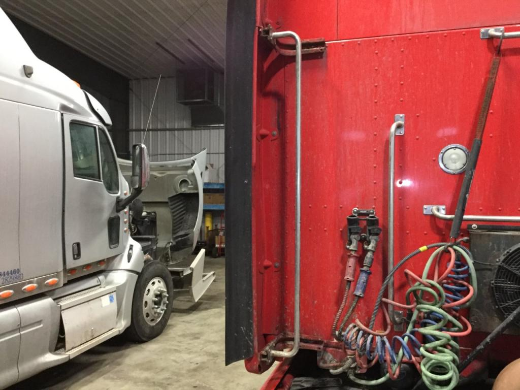 Used Fairing for 2012 PETERBILT 587 200.00 for sale-57228081