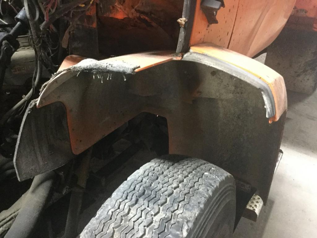 Used Fender for 1985 GMC 7000 200.00 for sale-57263871