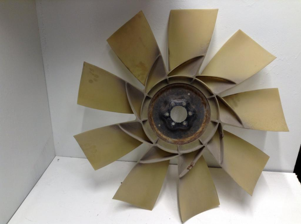 Used Fan Blade for 2009 FREIGHTLINER COLUMBIA 120 125.00 for sale-57240991