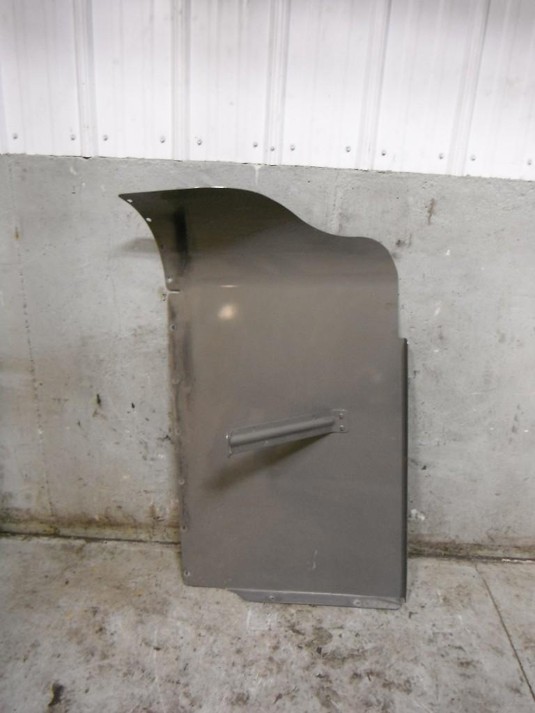 Used Fairing for 2000 FREIGHTLINER C120 CENTURY 100.00 for sale-57228251