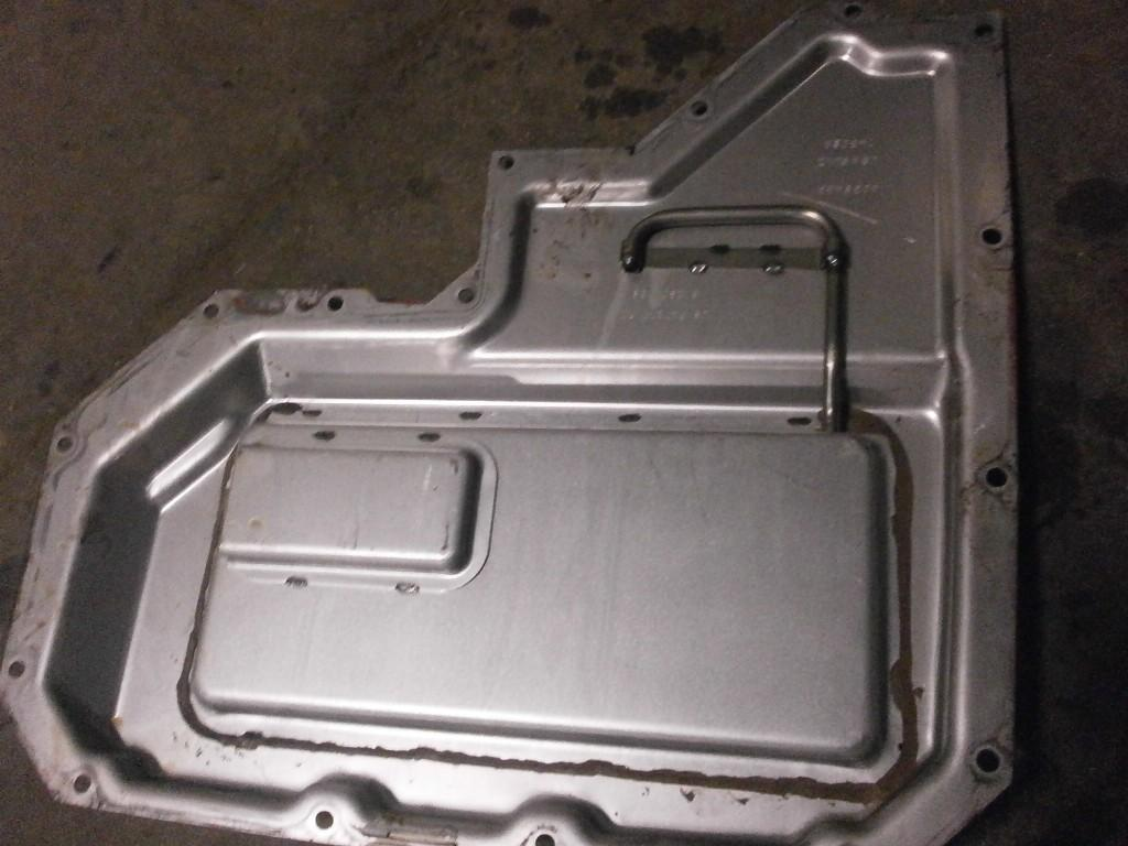 Used Engine Timing Cover for 2006 VOLVO VNL 100.00 for sale-57213871