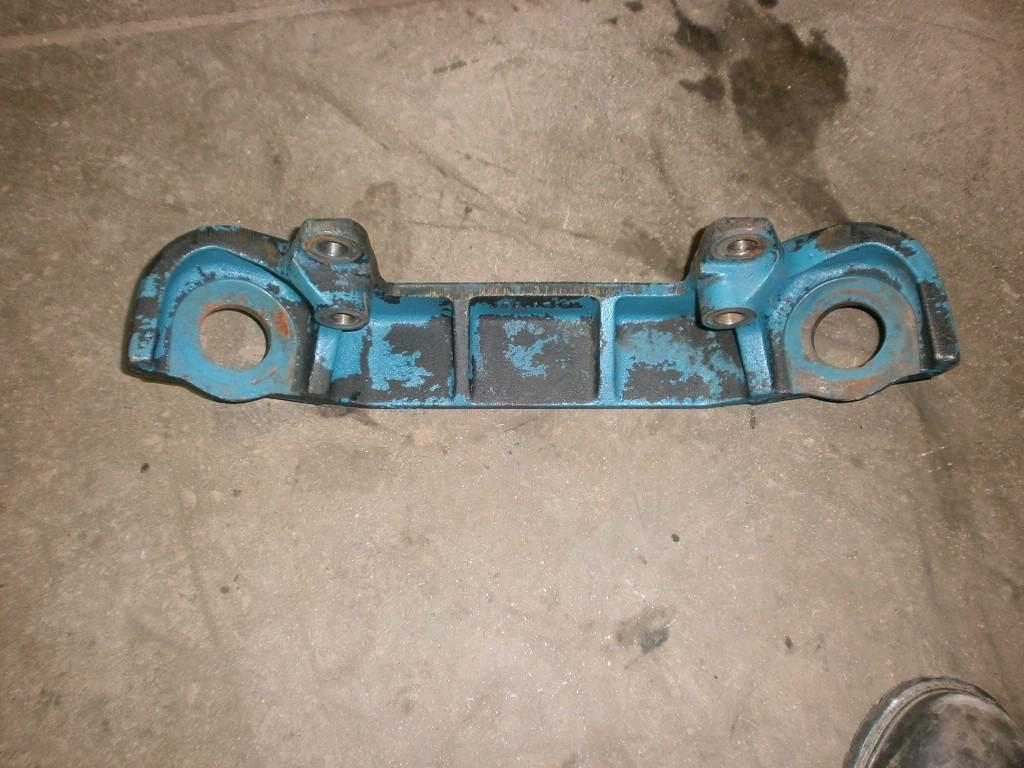 Used Engine Mounts for 2003 INTERNATIONAL 4300 100.00 for sale-57206381