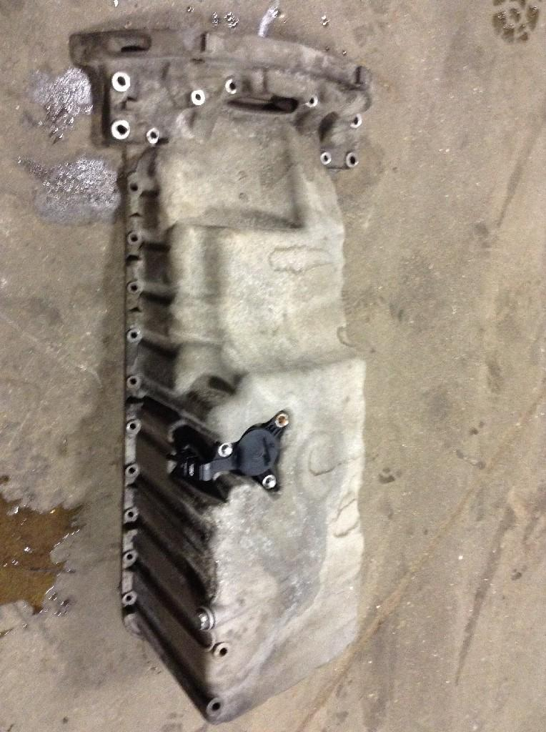 Used Engine Oil Pan for 2003 DODGE SPRINTER 450.00 for sale-57208591
