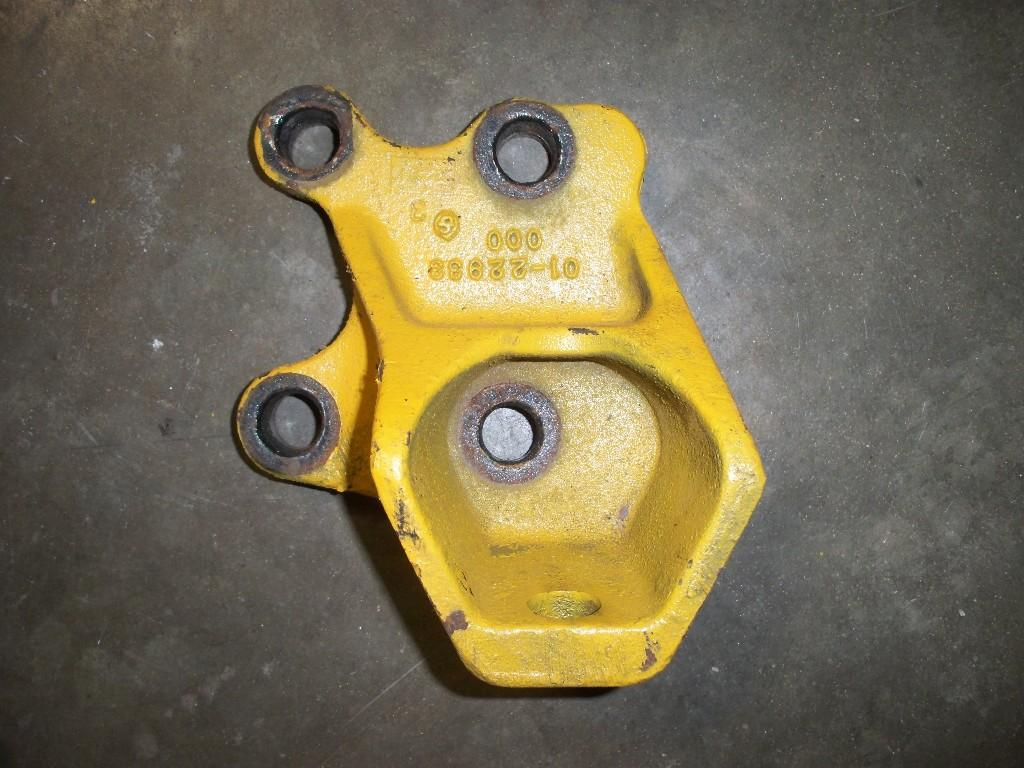 Used Engine Mounts for 2002 FREIGHTLINER COLUMBIA 120 100.00 for sale-57206421