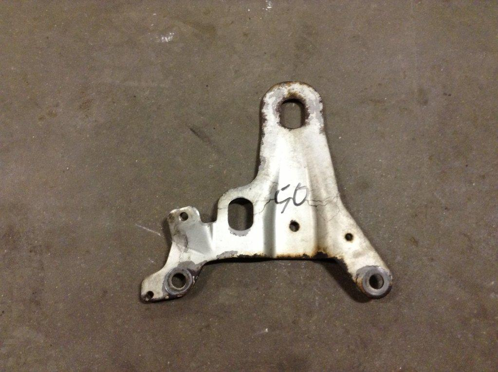 Used Engine Mounts for 2005 FREIGHTLINER COLUMBIA 120 25.00 for sale-57206481
