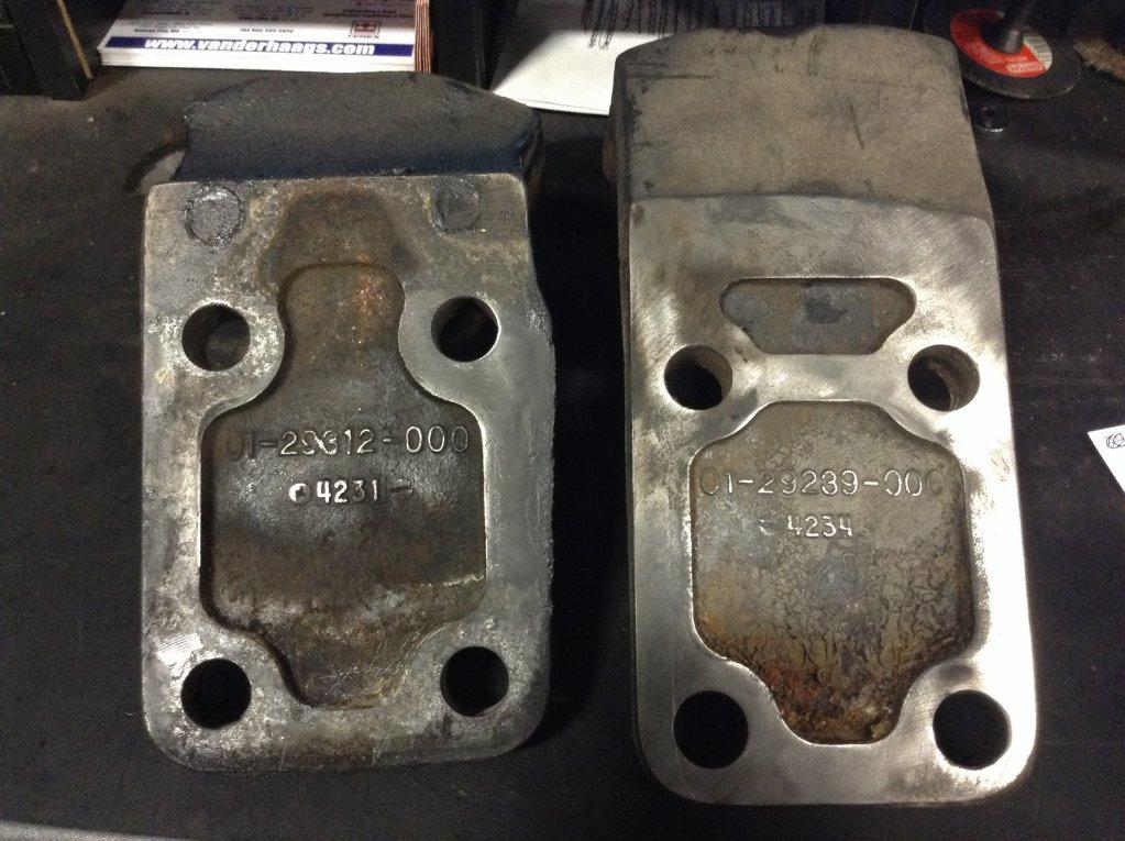Used Engine Mounts for 2005 FREIGHTLINER COLUMBIA 112 150.00 for sale-57206511