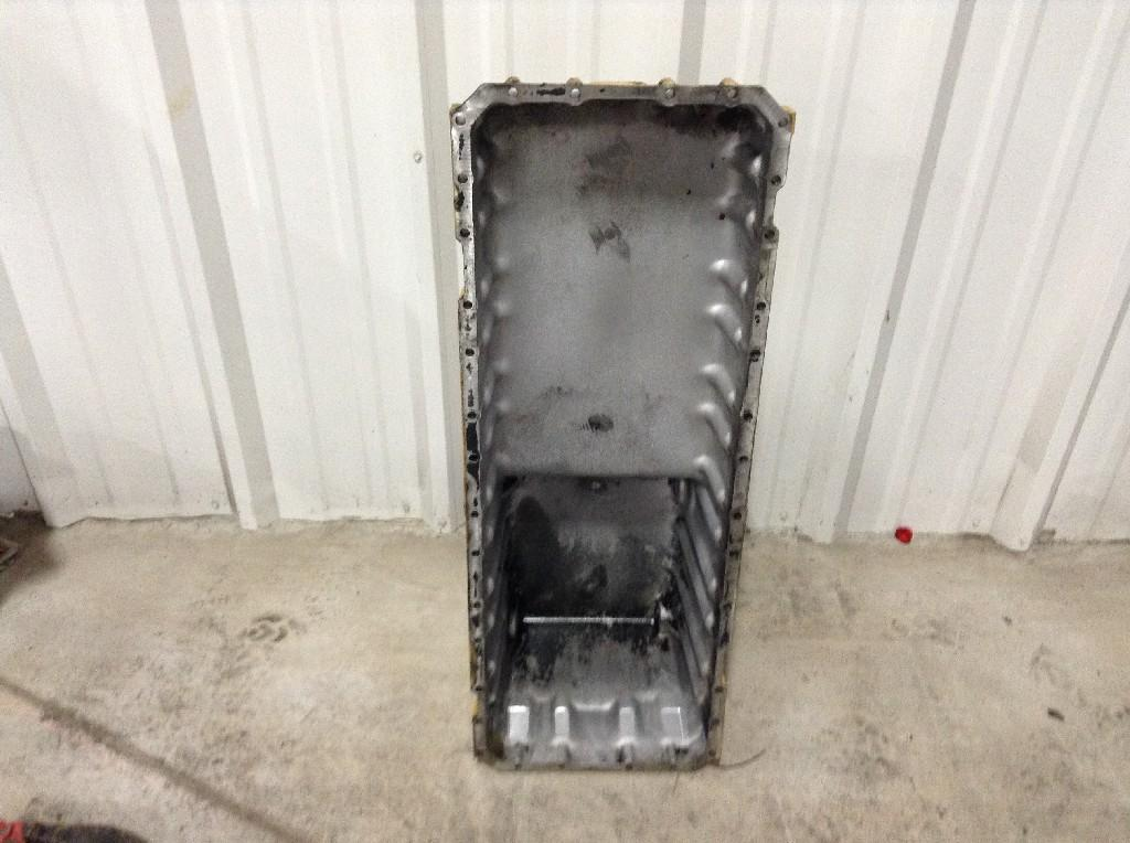 Used Engine Oil Pan for 2000 STERLING L8513 350.00 for sale-57208931