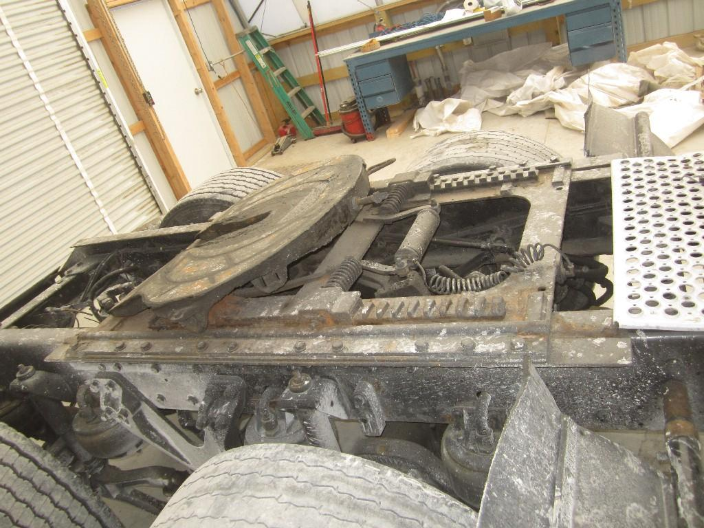 Used Fifth Wheel for 2000 KENWORTH T2000 450.00 for sale-57264911