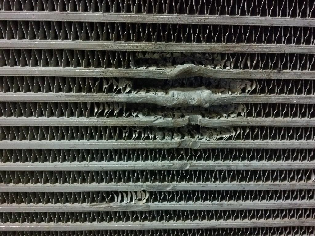 Used Engine Oil Cooler for   550.00 for sale-57208071