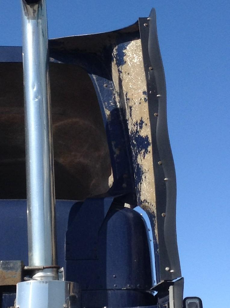 Used Fairing for 2003 FREIGHTLINER FLD120 150.00 for sale-57228341