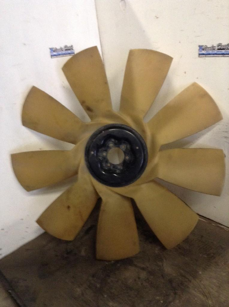Used Fan Blade for 2009 FREIGHTLINER CASCADIA 85.00 for sale-57235981