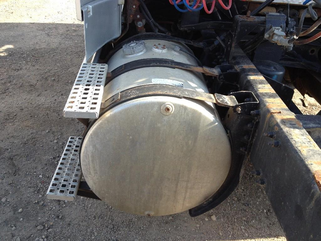 Used Fuel Tank for 1998 VOLVO VNL 450.00 for sale-57278911
