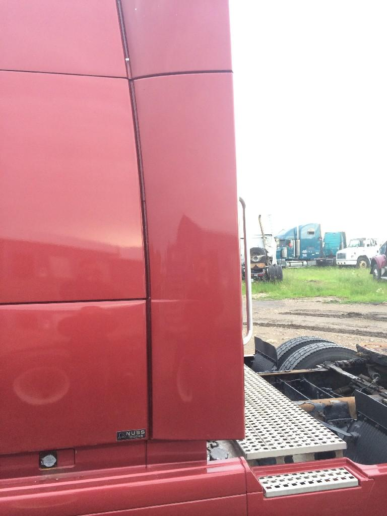 Used Fairing for 2007 VOLVO VNL 100.00 for sale-57220781