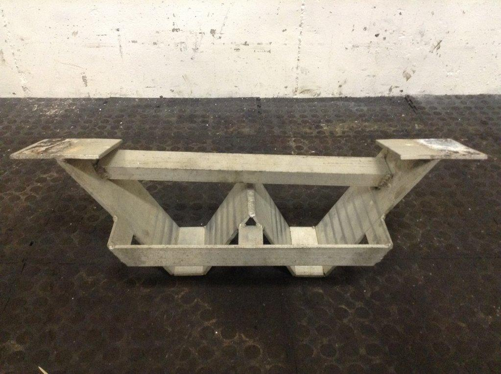 Used Parts for 2002 INTERNATIONAL 4900 65.00 for sale-57215651