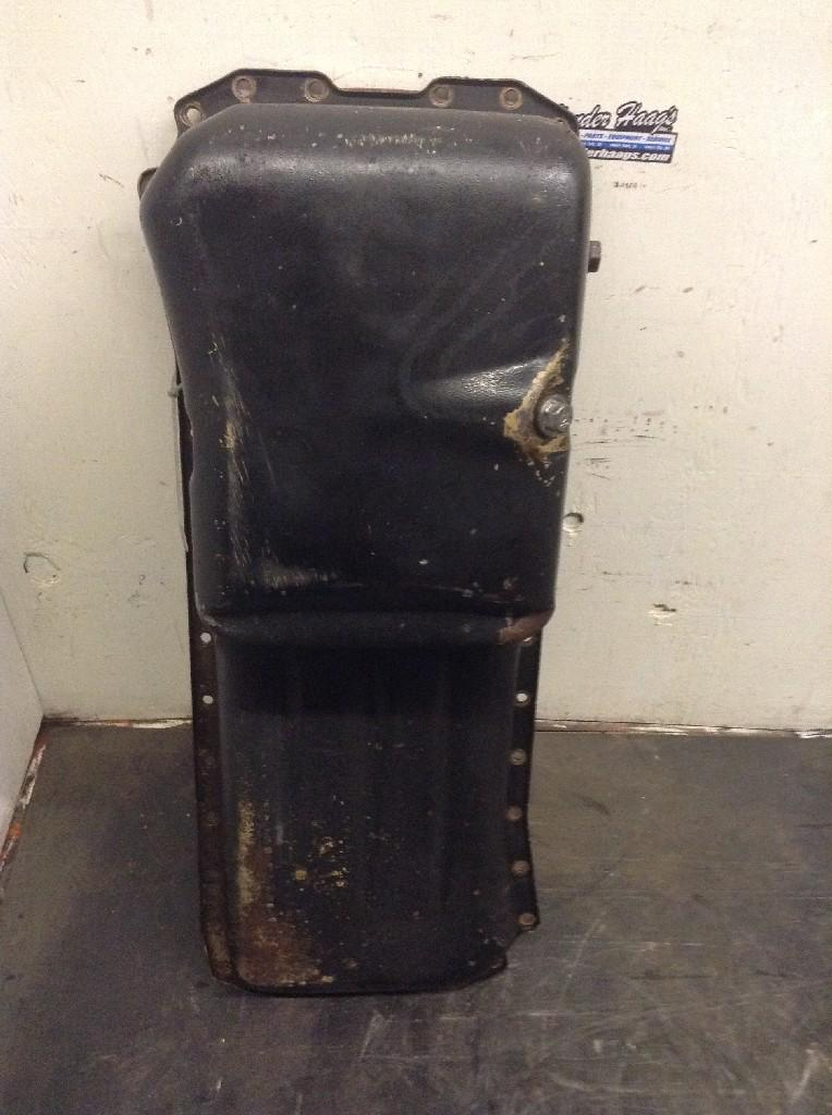 Used Engine Oil Pan for 1995 Ford F800 150.00 for sale-57208651