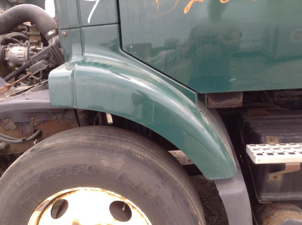 Used Fender for 2002 VOLVO VNM 150.00 for sale-57244621