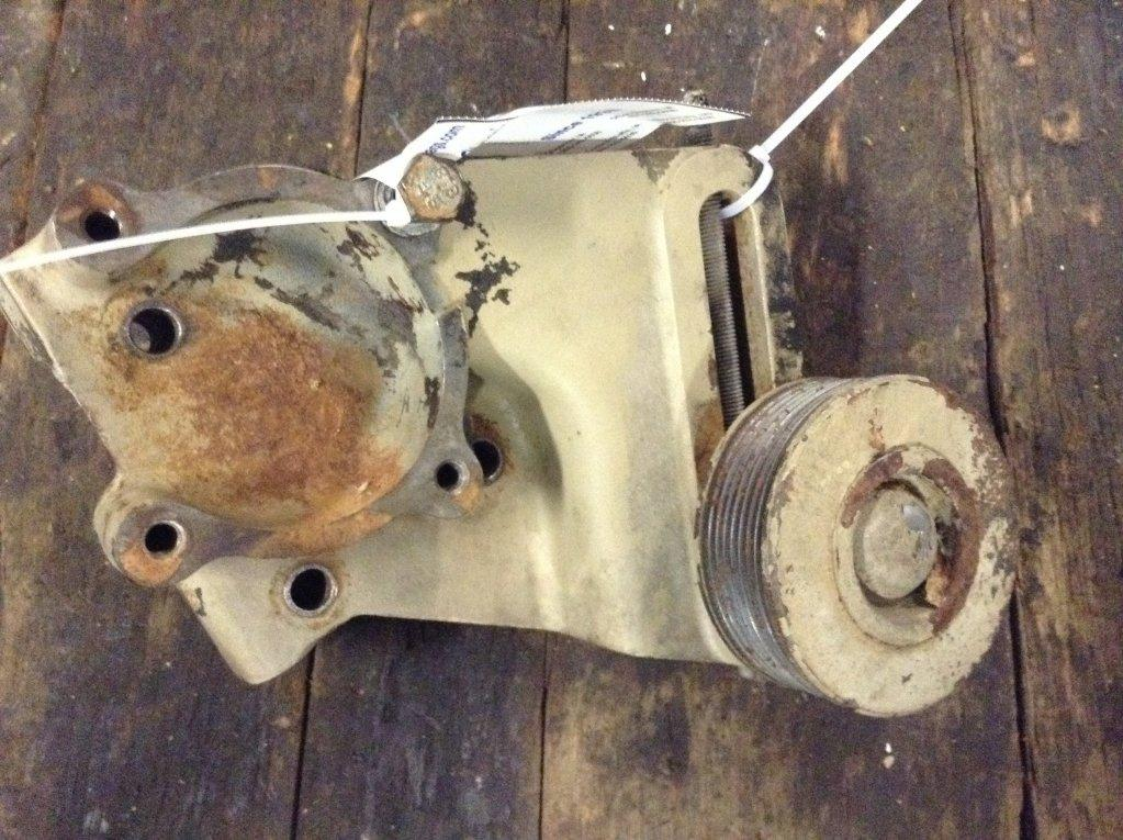 Used Engine Mounts for 1989 VOLVO WCA 75.00 for sale-57206801