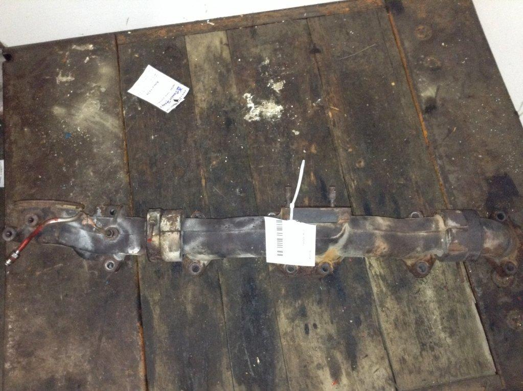 Used Exhaust Manifold for 2005 VOLVO VNL 350.00 for sale-57217671