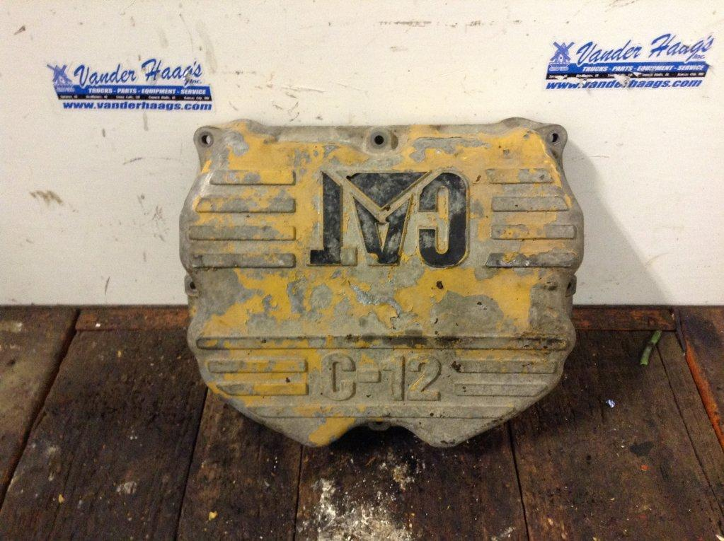 Used Engine Valve Cover for 2001 FREIGHTLINER FLD112 75.00 for sale-57214951