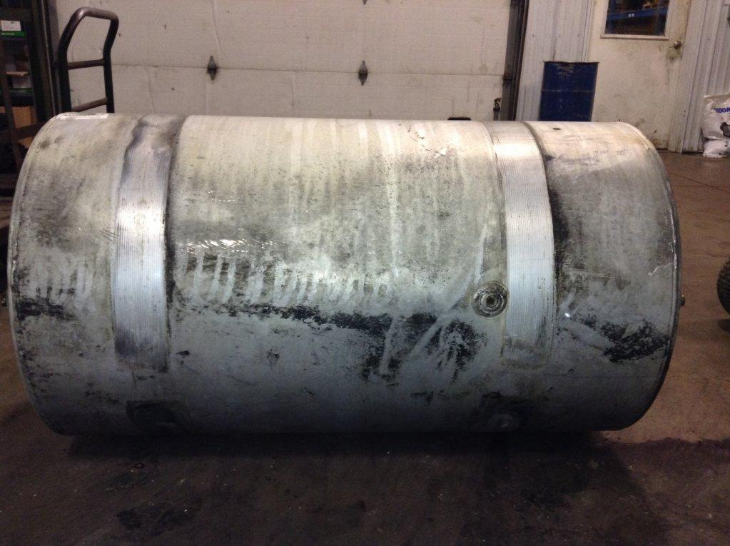 Used Fuel Tank for 2001 VOLVO VNL 350.00 for sale-57279041