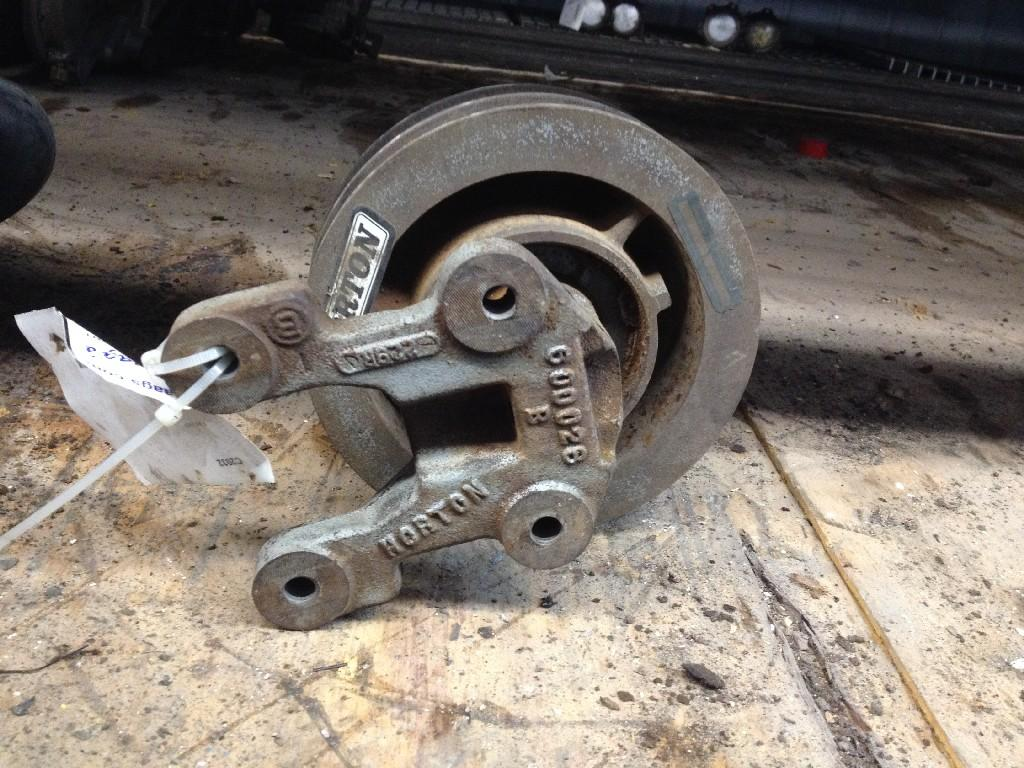 Used Fan Clutch for  Other/Not Specified OTHER 150.00 for sale-57241811