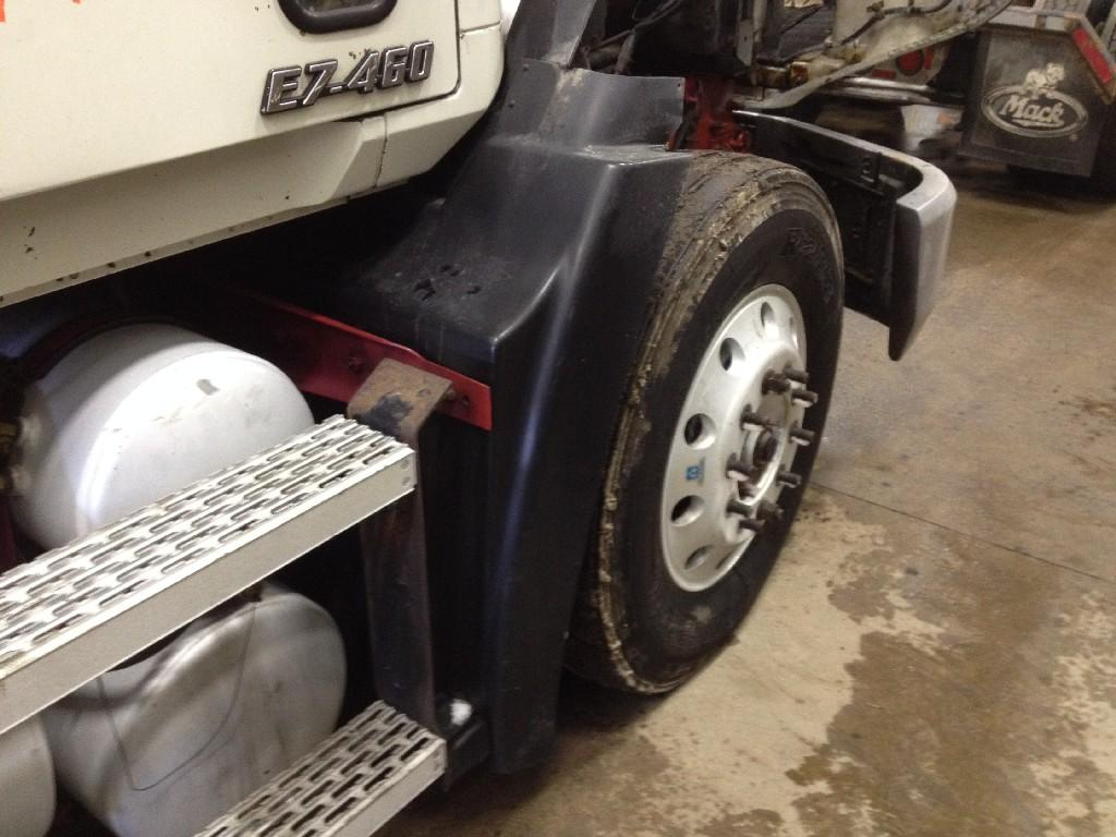 Used Fender for 1999 MACK CH600 175.00 for sale-57245261