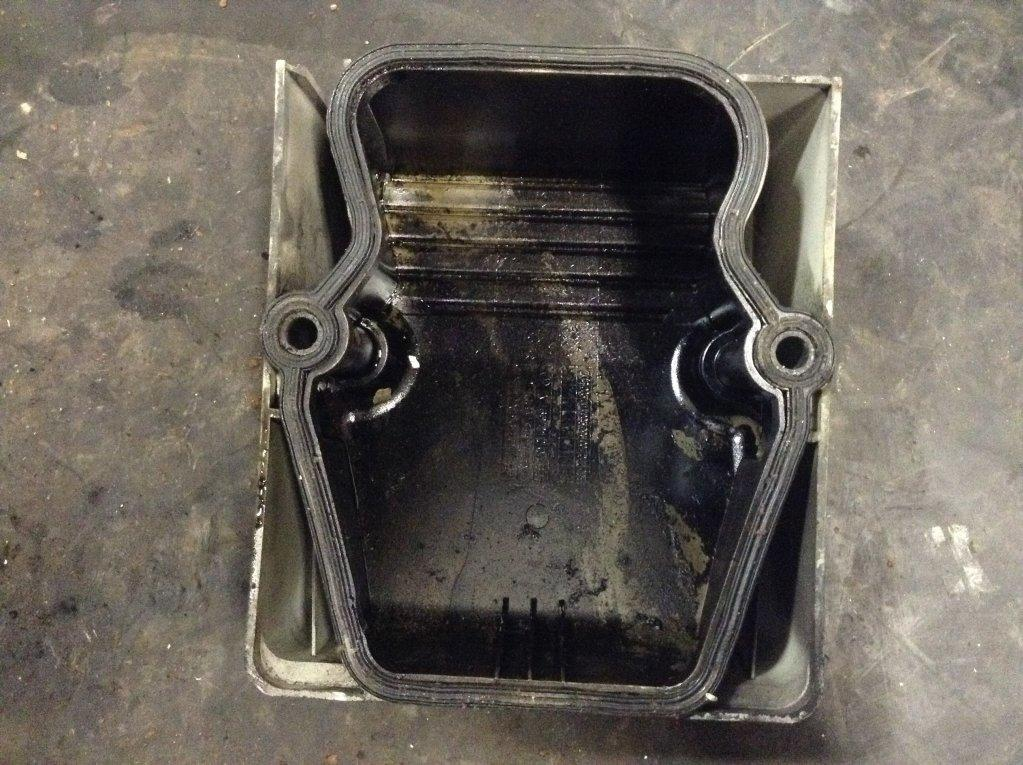 Used Engine Valve Cover for 2008 STERLING A9513 25.00 for sale-57215341