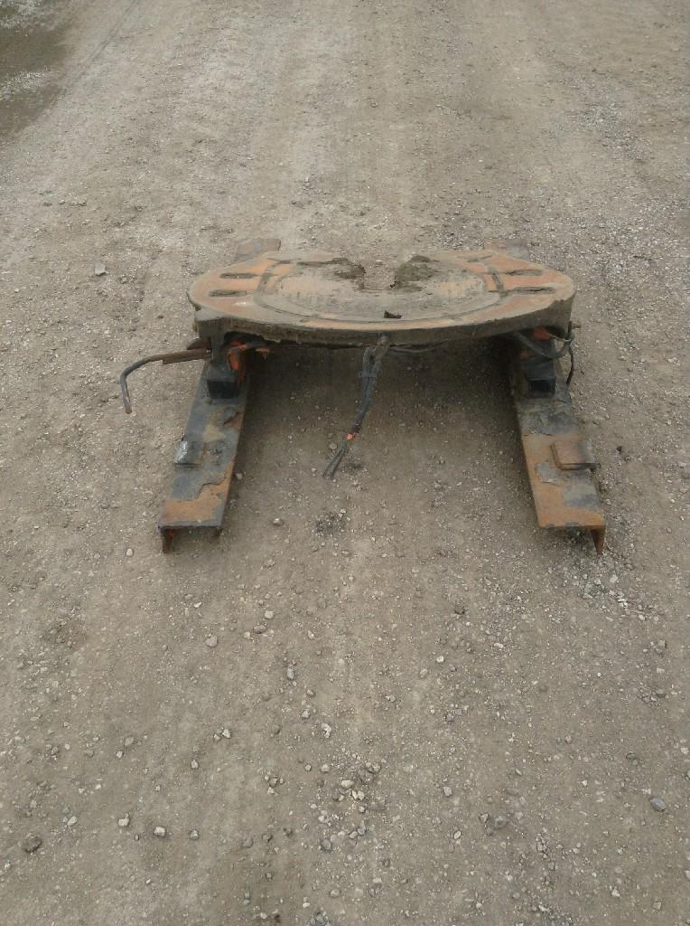 Used Fifth Wheel for 2005 STERLING A9513 350.00 for sale-57267151