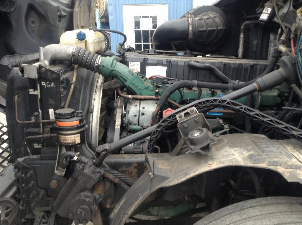 Used Engine Assembly for 2004 VOLVO VNL 6500.00 for sale-57200361