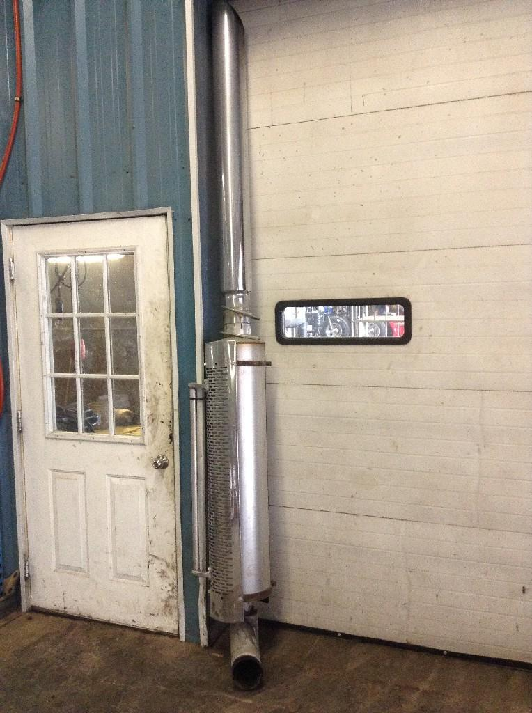 Used Exhaust Assembly for 2000 FREIGHTLINER CLASSIC XL 400.00 for sale-57216741