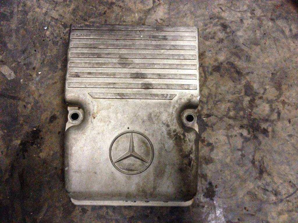 Used Engine Valve Cover for 2009 STERLING A9513 25.00 for sale-57215001