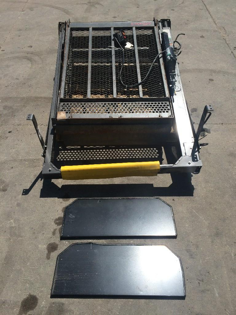 Used Parts for 2000 INTERNATIONAL 3800 1250.00 for sale-57215681