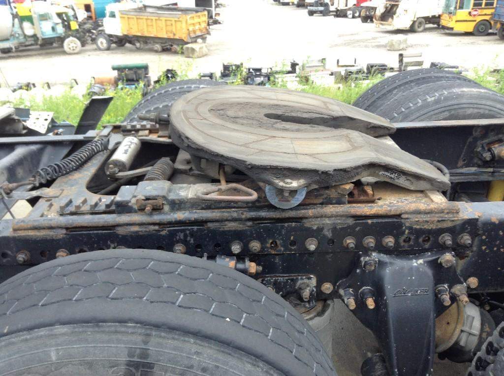 Used Fifth Wheel for 2000 FREIGHTLINER C120 CENTURY 450.00 for sale-57267261