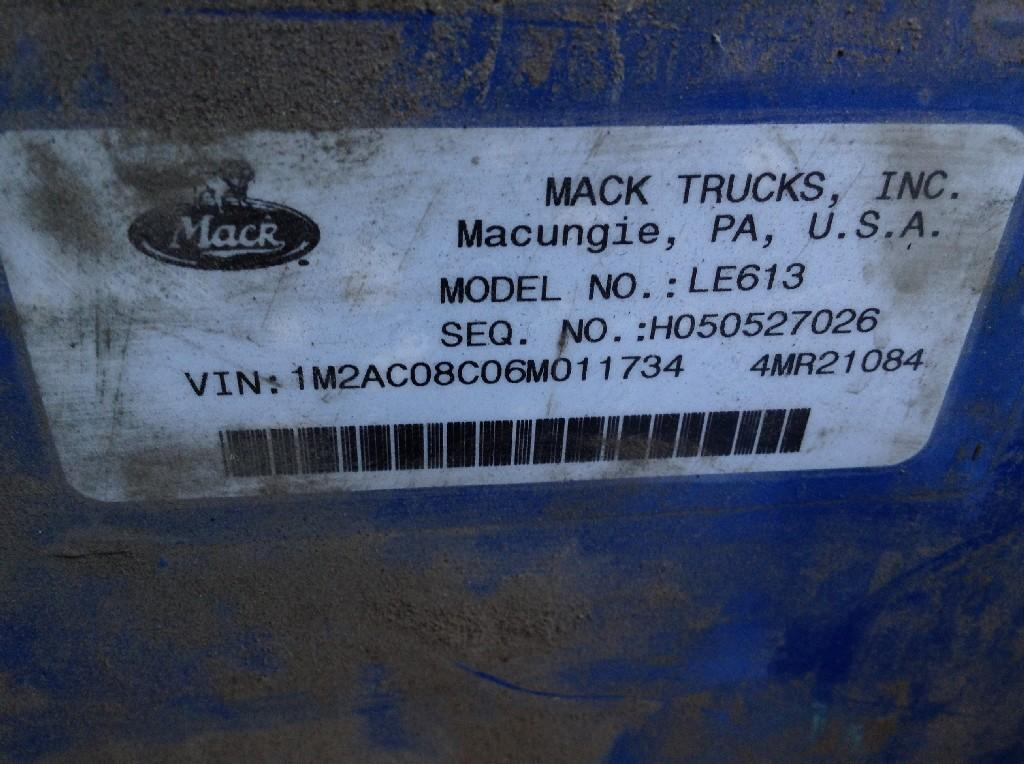 Used Fender for 2006 MACK LE613 150.00 for sale-57245991