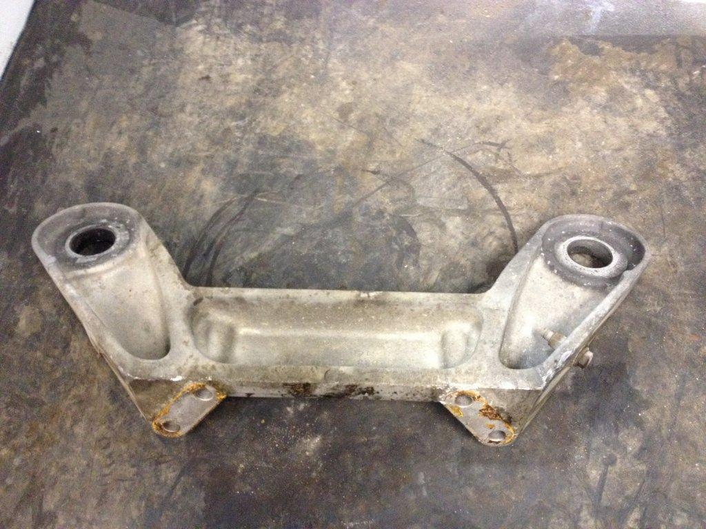Used Engine Mounts for 2001 PETERBILT 387 150.00 for sale-57206991