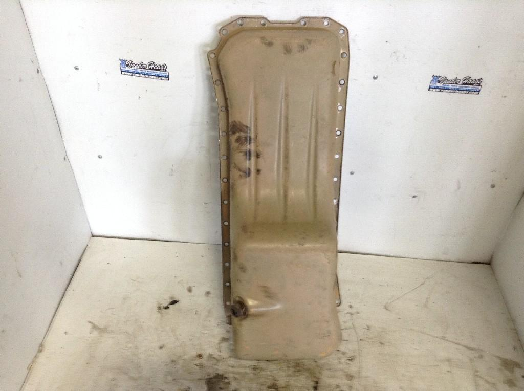 Used Engine Oil Pan for 1996 SISU MAGNUM 150.00 for sale-57209351