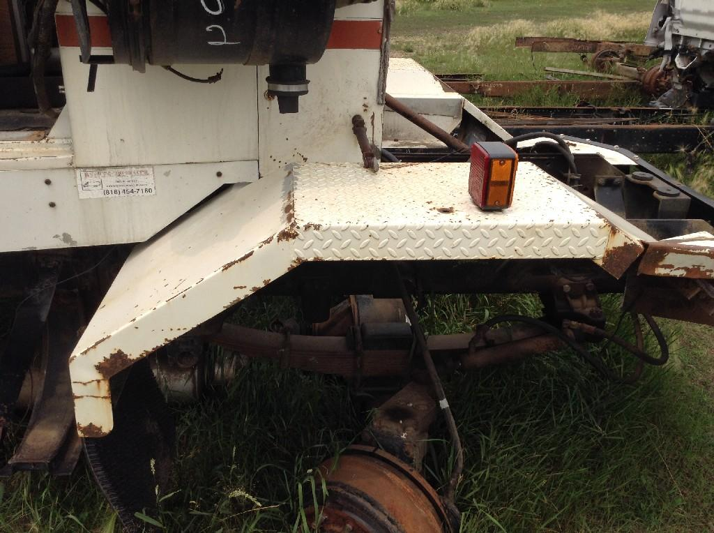 Used Fender for 1988 AUTOCAR TRUCK 150.00 for sale-57246001