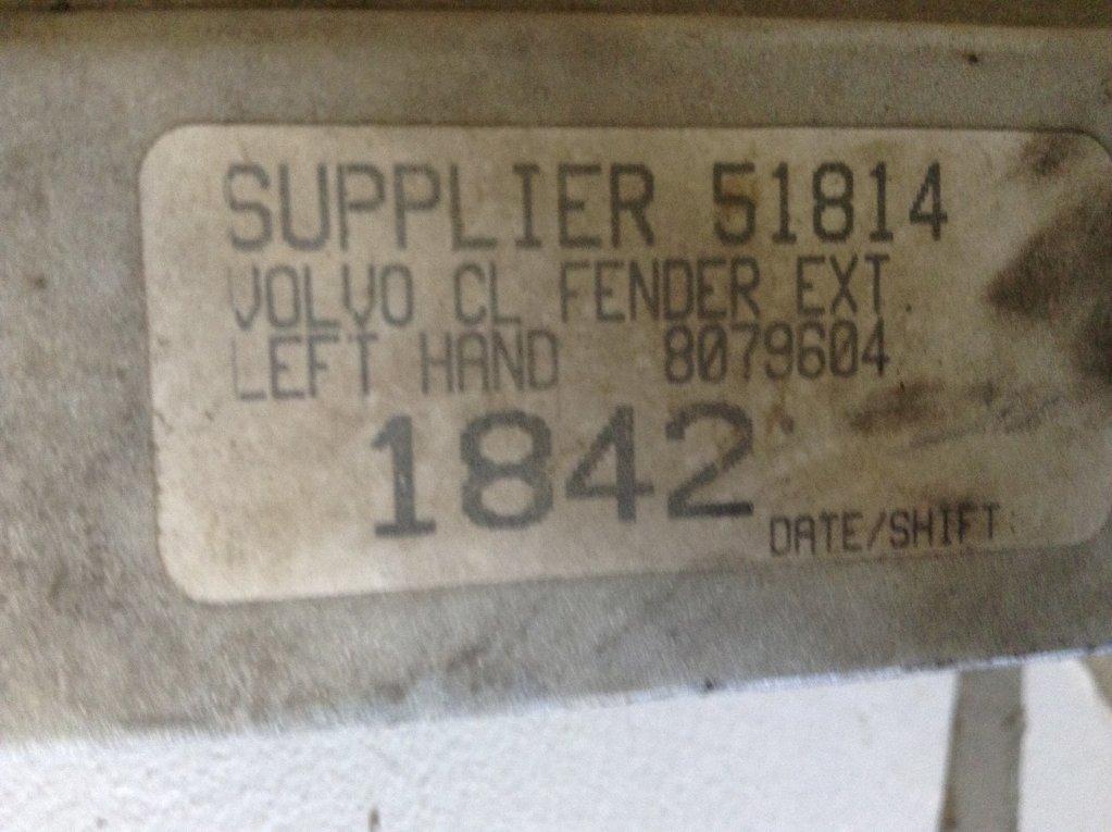 Used Fender for 1998 VOLVO VNL 125.00 for sale-57245831