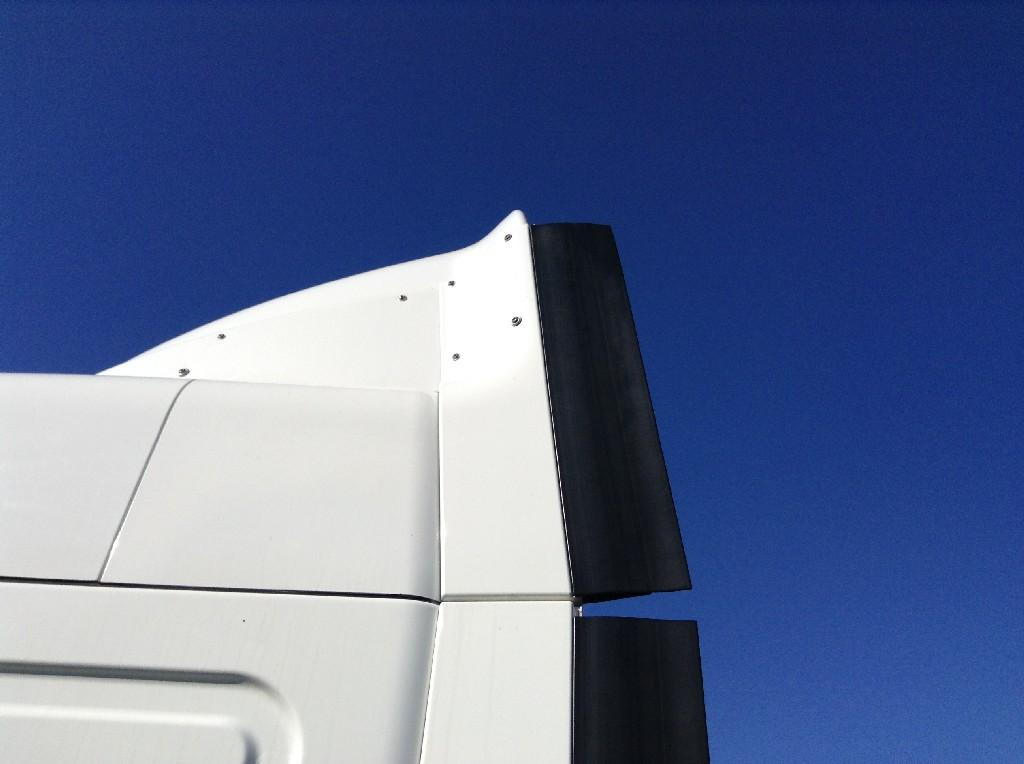 Used Fairing for 2010 FREIGHTLINER CASCADIA 150.00 for sale-57228841