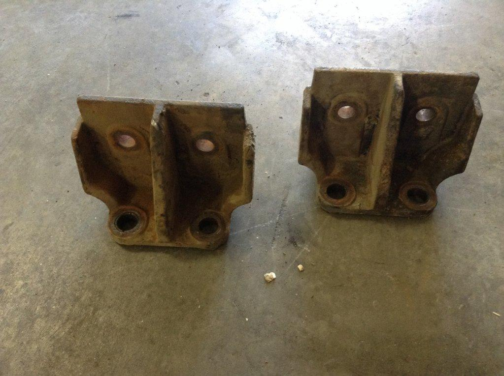 Used Engine Mounts for 1992 Western Star 5900 150.00 for sale-57207041