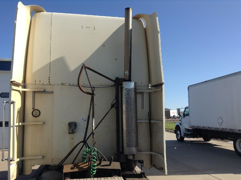 Used Fairing for 2001 FREIGHTLINER FLD120 275.00 for sale-57232711