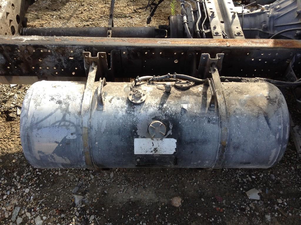 Used Fuel Tank for 1999 ISUZU NPR 250.00 for sale-57279411