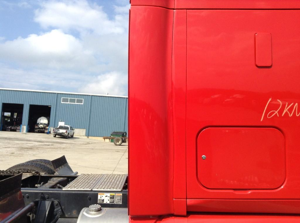 Used Fairing for 2012 KENWORTH T700 200.00 for sale-57221231