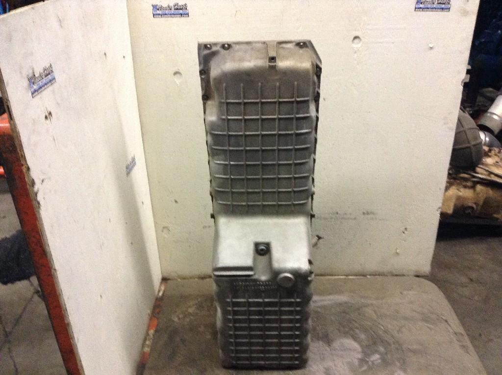 Used Engine Oil Pan for 2004 STERLING A9513 550.00 for sale-57208831