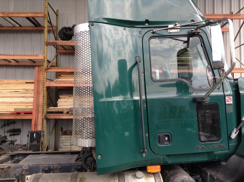 Used Fairing for 2009 MACK CX VISION 125.00 for sale-57219061