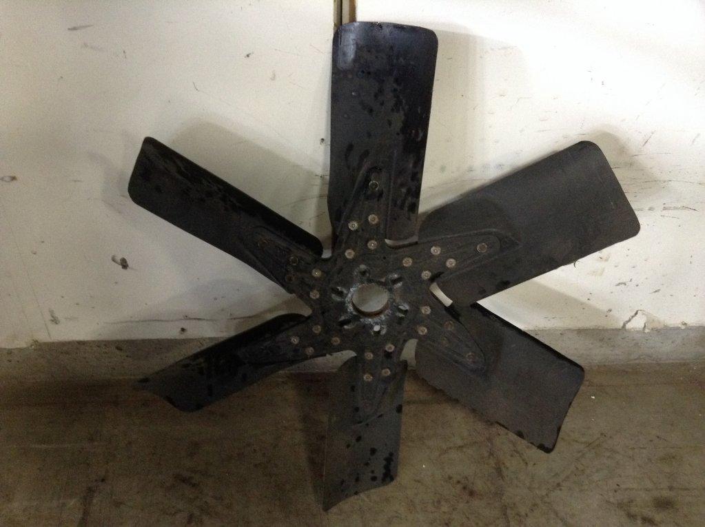 Used Fan Blade for 1988 FREIGHTLINER FLC120 75.00 for sale-57238121