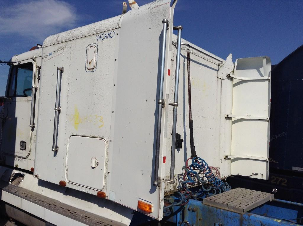 Used Fairing for 1992 FREIGHTLINER FLD120 150.00 for sale-57219081