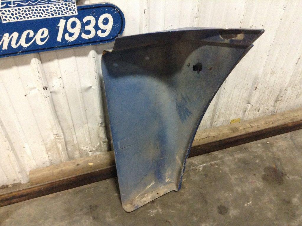 Used Fender for 2006 FREIGHTLINER COLUMBIA 120 250.00 for sale-57246581