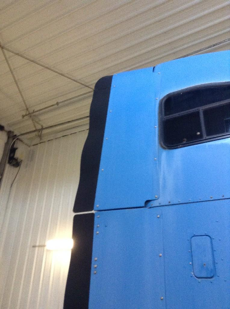 Used Fairing for 1996 FREIGHTLINER FLD120 150.00 for sale-57219311